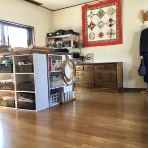 仕事部屋を大掃除。新鮮な気分で仕事ができます。