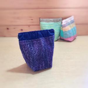 春待ちリュックは お揃いの織布で作るバネポーチキットのおまけがついて明日から販売します。