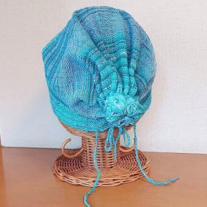 おくれ毛みたいな可愛い紐をプラスして 可愛いキャップを作っていただきました。お客様の作品です。