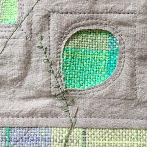 【試してみました】手縫いと直線ミシンでミシン刺繍の葉っぱ模様が刺せるかな?