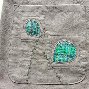 直線縫いだけで仕上げるプルオーバーです。ジグザグミシンやロックミシンが無くても大丈夫です。