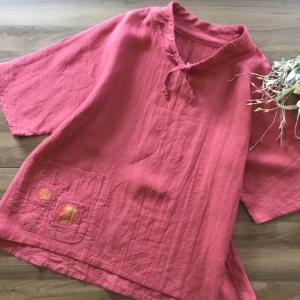 真夏に着るハメハメ葉っぱのリネンプルオーバーをcreemaさんに出品しました。お色はルビーレッド