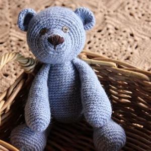 テディベア  自己流で編み方を読んでみました。
