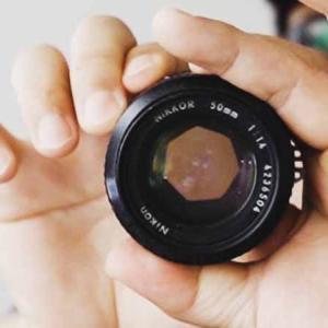 カメラの絞りを解説。変えるとボケと露出が変わる