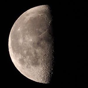「月」の撮影 2020年5月14日(機材:コ・ボーグ36ED、スリムフラットナー1.1×DG、E-PL5、ポラリエ)