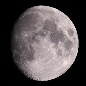 「月」の撮影 2020年7月2日(機材:ミニボーグ50FL、E-PL5、ポラリエ)