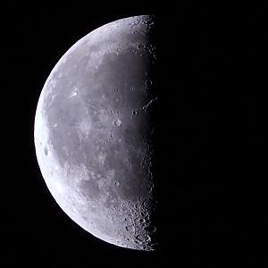 「月」の撮影 2020年8月12日(機材:コ・ボーグ36ED、スリムフラットナー1.1×DG、E-PL5、ポラリエ)
