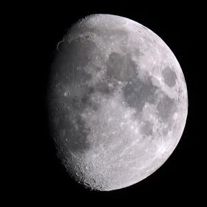 「月」の撮影 2021年8月18日(機材:ミニボーグ50FL、E-PL5、ポラリエ)