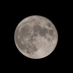 「中秋の名月」の撮影 2021年9月21日(機材:コ・ボーグ36ED、スリムフラットナー1.1×DG、E-PL5、ポラリエ)