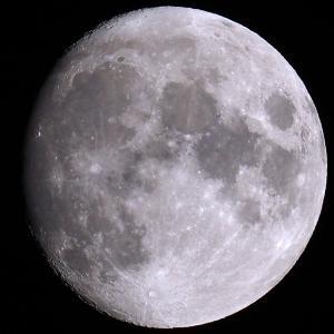 「十三夜の月」の撮影 2021年10月18日(機材:ミニボーグ50FL、E-PL5、ポラリエ)