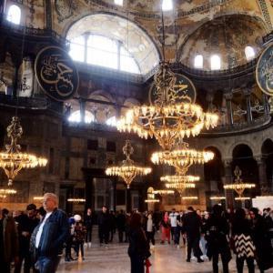 【イスタンブール 】宗教の融合体!アヤソフィアの行き方と歩き方!【2019年版】