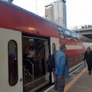 【テルアビブ】ベン・グリオン国際空港から市内への移動方法!鉄道が楽チン!