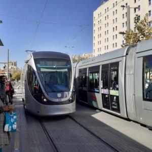 【バス移動】イスラエルのテルアビブからエルサレムへ!1時間!【2019年版】
