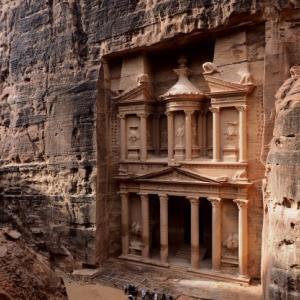 ヨルダン最大の観光スポット!ペトラ遺跡に行ってきた!【2020年版】