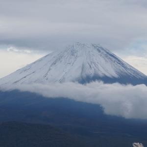 秋の雪富士を撮りにパノラマ台に登ってきた