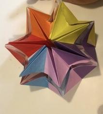 クルクルねじって遊べるクルリンパを折り紙で作る☆彡