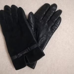 寒い冬には革の手袋がおすすめ。ニットの手袋と革の手袋、どう違う?