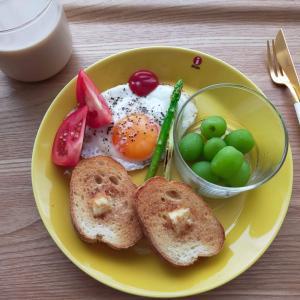 バゲットで朝ごはん/豚肉と豆腐のあんかけ丼