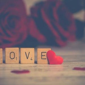 【33の名言】恋愛についての魂を揺さぶる言葉【偉人もマンガも】