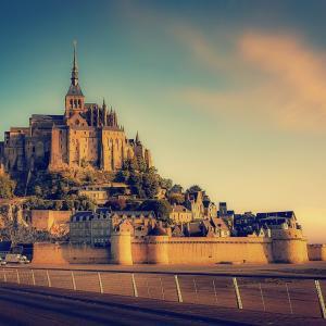 誰もが憧れ?!フランスのモンサンミッシェルに行きたいぞ!