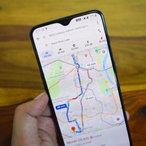海外でルートに迷わない便利なアプリ2選!地図と乗り換えアプリ