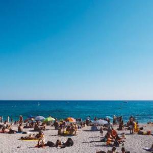 【砂浜の釣り】海水浴客が帰った後の砂浜はパラダイス?