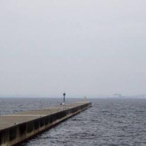 【東京湾】東京湾にある沖堤防の釣り場情報と釣れる魚や釣り方をご紹介