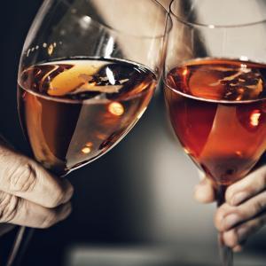 お酒の初心者が始める、40代からの飲酒生活 – レミーマルタン エクストラ グリーンボトル