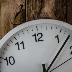 英検の試験会場では置時計がなかったので腕時計を持って行こう!