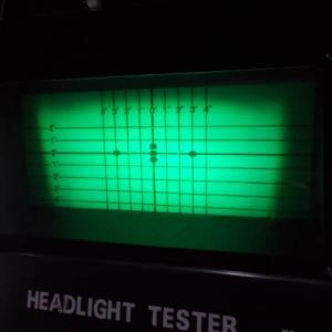 車検における光軸調整 ロービームで合わせるとハイビームが高くなる謎