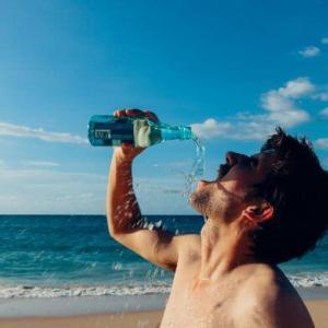 夏の水分補給 ハイドレーションバッグで脱水や熱中症を防ぐ