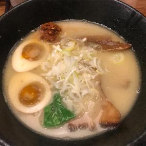 「麺屋 とりくらぶ@神保町」豚鶏蟹のトリプルスープをご堪能あれ!