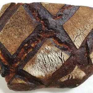 オーバルのパンと、ちどりの唐揚げ