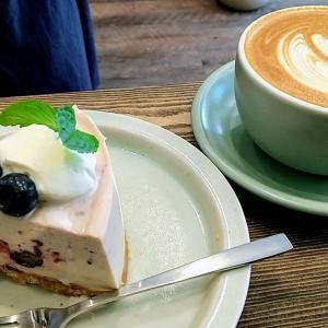 エルムグリーンコーヒーでケーキ