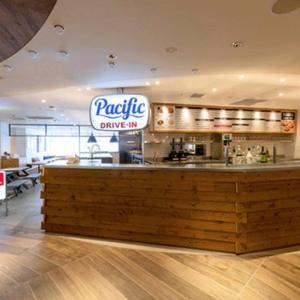 【新宿ルミネエスト8階】『Pacific DRIVE-IN』にて冬の新メニュー「牛肉のフォー」が10月24日より追加