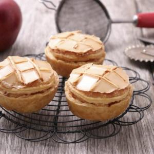 【伊勢丹新宿店B1階】「ノワ・ドゥ・ブール」がフランス伝統菓子『コンベルサシオン』の発売を10月31日より開始