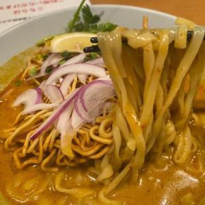 【新宿三丁目の伊勢丹会館】タイ屋台料理『チャンパー 伊勢丹会館店』ではカレー麺を食べるべし!