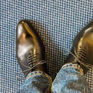 ジャランスリワヤ:インドネシア製の本格革靴