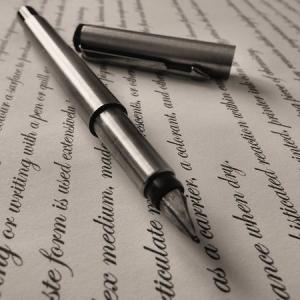 記名と署名【言葉の違いをフカボリ】