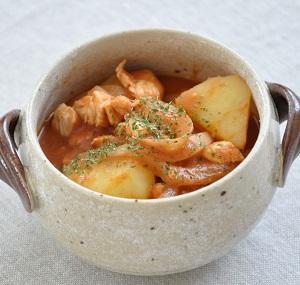 15分113円ストックおかず♡野菜と鶏肉の旨みたっぷりトマト煮込み