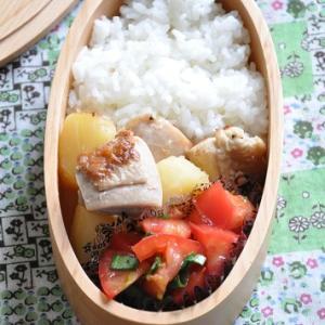 おもに使う食材は4つ!じゃがいもと鶏肉の煮込みがメインのお弁当