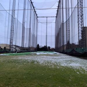 ひさびさに、『山の手 ゴルフセンター』にて打ちっぱなし練習をしました。