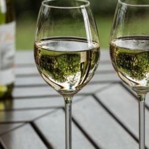 白ワインの代用に料理酒は使える?焼酎・ウイスキー・赤ワインは使えるか調査!