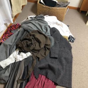 【最難関】女性ミニマリスト。洋服を断捨離する1