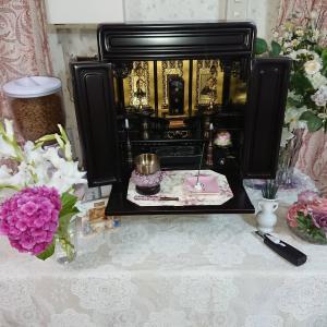 香炉と敷布