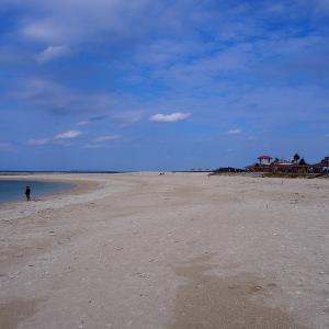 「美らSUNビーチ」と「兄ィ二ィの丘」