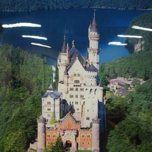 日本の「ノイシュヴァンシュタイン城」へ・・・・太陽王国白鳥城