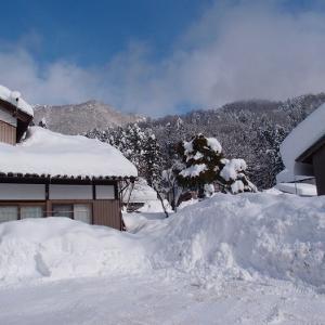 雪の合間に除雪