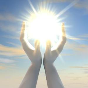 【プレス批評(推奨)】朝の光を浴びて体と心の不調を解消!日光浴セラピーのススメ