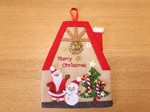 クリスマスの季節を満喫!!飾りと音楽で。